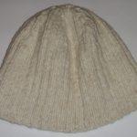 Белая-шапочка-2-вид-сбоку