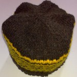 Шапочка чёрно-жёлтая полосатая