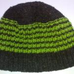 Шапочка чёрно-зелёная полосатая вид изнутри